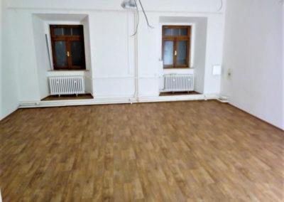 pokladka-lina-pvc-podlahy (14)