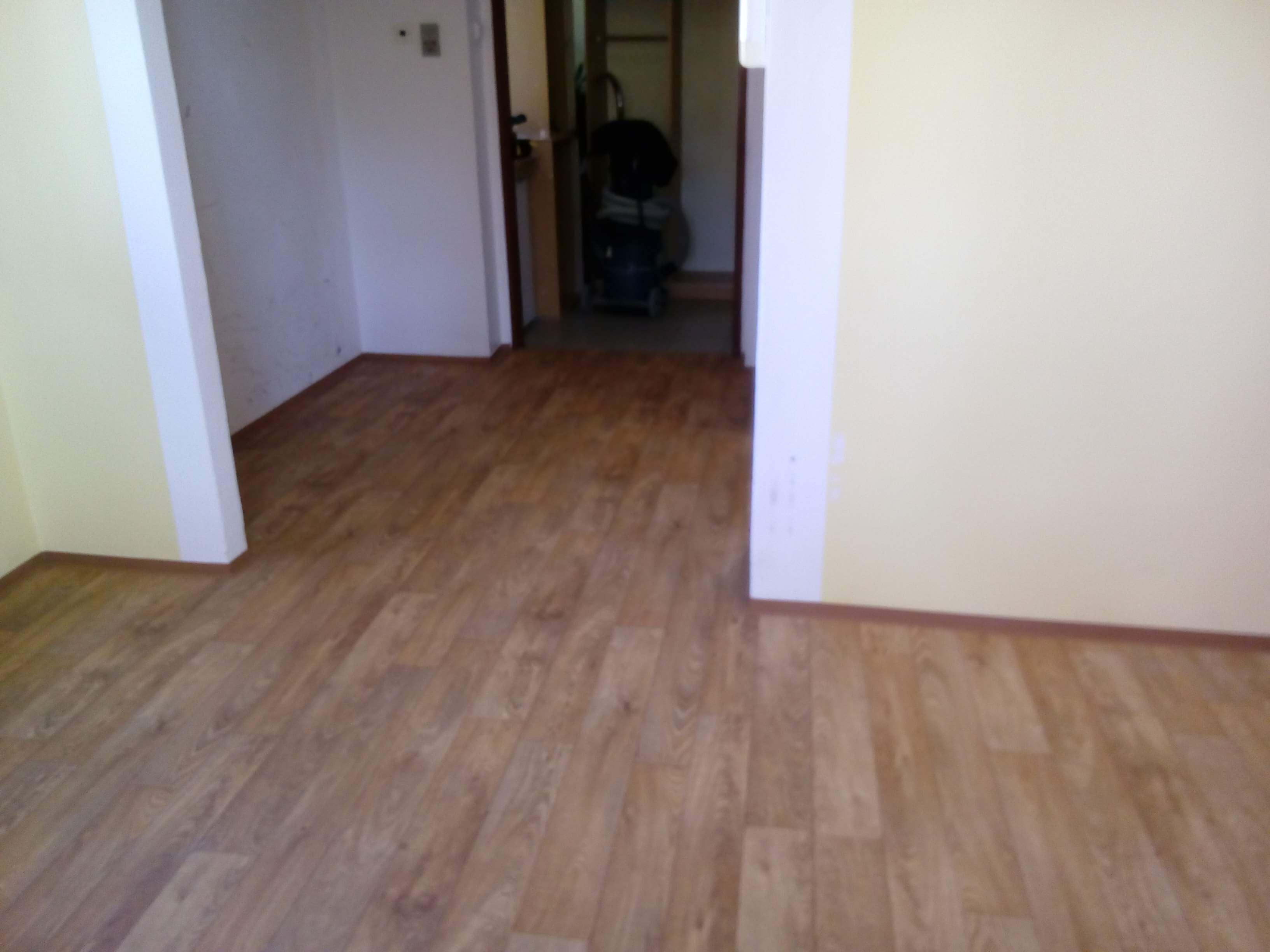 pokladka-lina-pvc-podlahy (15)