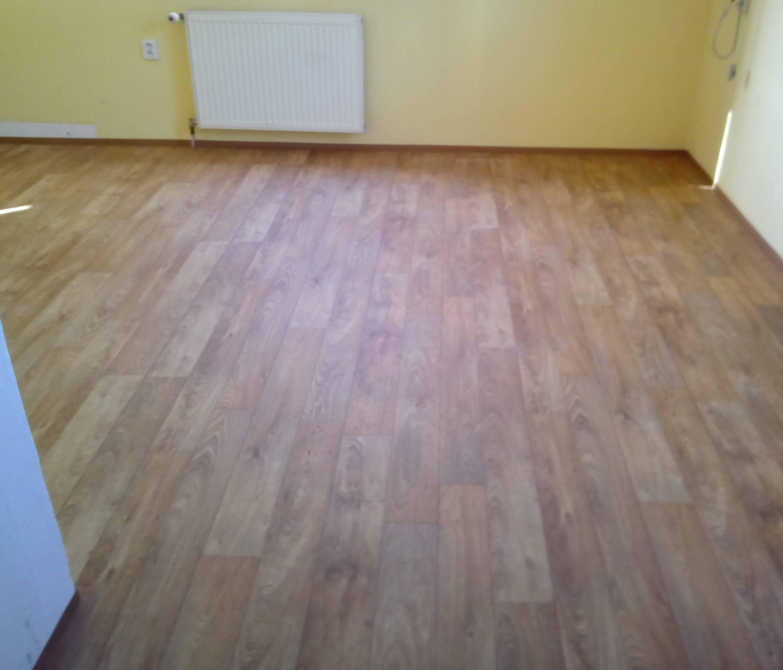 pokladka-lina-pvc-podlahy (16)